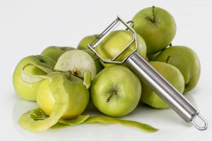 green-unripe-apple-with-silver-peeler-from-pexels-com-licensed-under-cc0